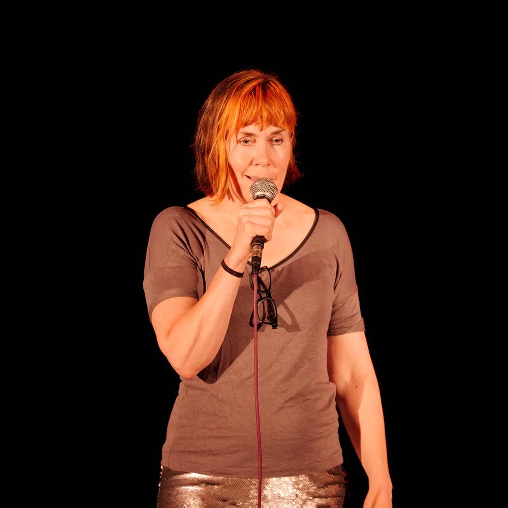 Laughs at The Lyric with Niki McCretton
